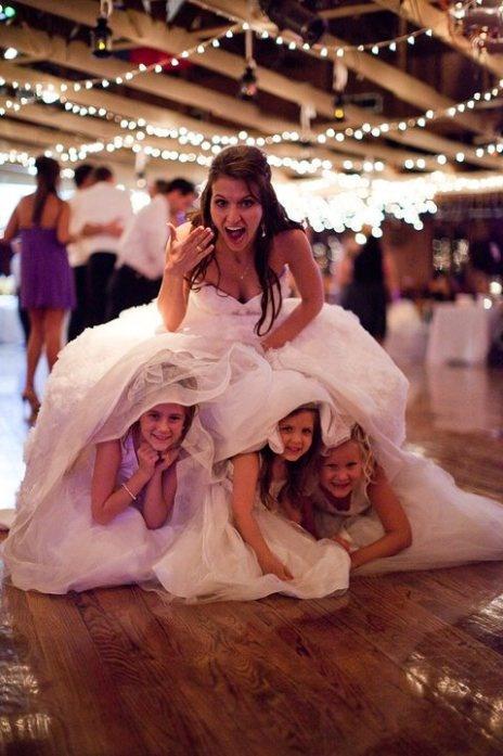 kislányok és a menyasszony
